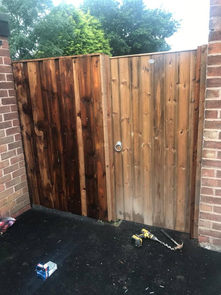 Oakmere Landscaping in Salford install garden fences and gates for customers throughout Manchester